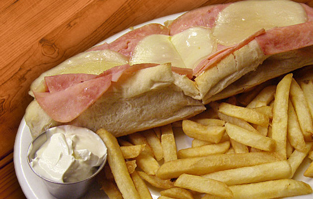 Classic Ham & Cheese Sub w/ Fries